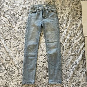 H&M Light Wash High Waisted Jeans Size 4